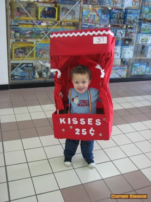 Kissing Booth Costume Kingdom Gallery