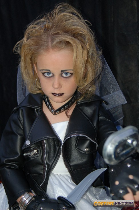 Bride of Chucky Costume Ideas http://gallery.costumekingdom.com/image2-1214/BrideofChucky