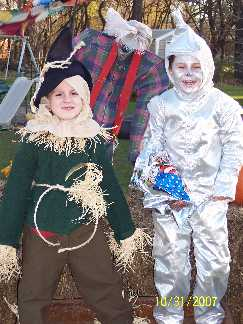 The cutest Oz Scarecrow and Tinman