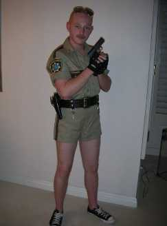 LT DANGLE RENO 911